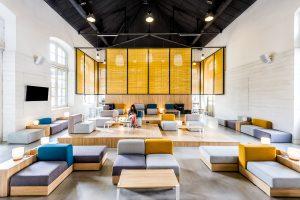 Fotografía de arquitectura e interiorismo del Up Hostel en Valencia. Cliente: Grupo Valseco