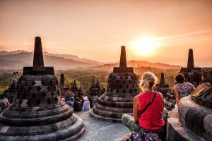 Templo budista de Borobudur (Patrimonio de la Humanidad UNESCO) en  Java Central, Indonesia.